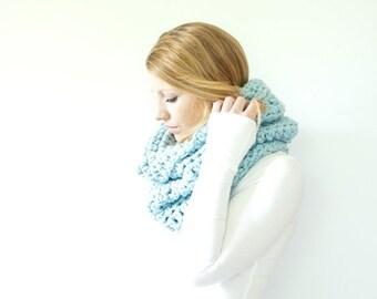 FLASH SALE chunky cowl scarf hood circle scarf - glacier - slightly ribbed - the CHEROKEE