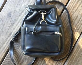 Vintage 90's black leather backpack pockets nos