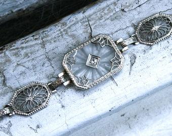 Beautiful Vintage 14K White Gold Camphor and Diamond Bracelet.