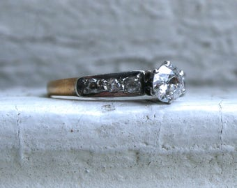 Classic Vintage Diamond Engagement Ring in 14K Yellow Gold - 0.68ct.