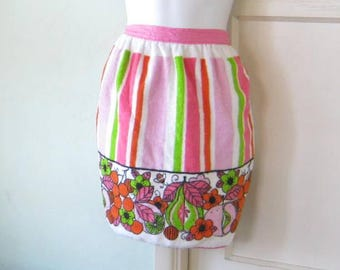 Vintage 1970s Pink-Green-Orange Mod Flower Apron with Pink Tie~Retro Terry Cloth Kitchen Apron; Free Ship/U.S.