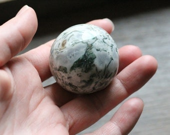 Moss Agate Stone Sphere 40 mm #81449