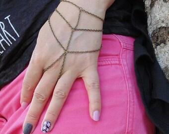 Hand Chain - Bohemian Hand Piece - Slave Bracelet - Boho Triangle Hand Accessory - Ring bracelet - Slave ring - Unique bracelet