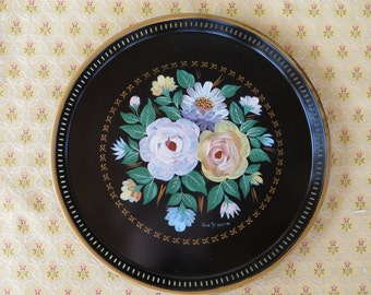 Vintage Tole Painted Metal Tray, Round Black Metal Tray, Hand Painted Tray with Sides, Tole Painted Tray, Signed, Vintage Serving Tray