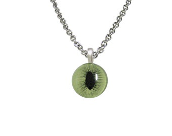 Green Cat Eye Design Necklace