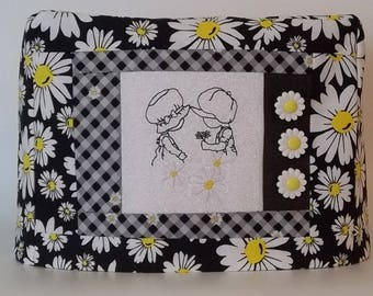 Two Slice Toaster Cover - Daisy Toaster Cover - Black and White Toaster Cover - Country Kitchen Decor - Sunbonnet Sue Toaster Cover