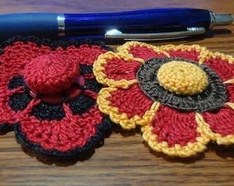Button flowers #bf09 lot of 2 crochet appliques bouquet decoration adornment embellishment motifs wedding birthday