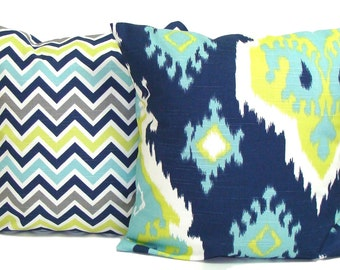 PILLOWS SET of TWO. 20x20, 18x18 or 16x16 inch.Blue Green Decorative Pillow Covers.Housewares.Feathers.Zig.Chevron.Blue Green Pillows.Cm