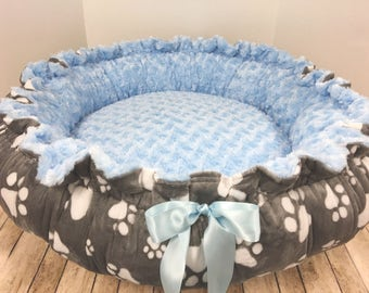 Dog Bed, Puppy Bed, Paw Print Puppy Bed,  Personalized Dog bed, Paw Print Dog Bed, Puppy Gift, Dog Gift