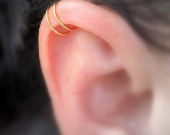 Gold plated ear cuff  ~ Double lip ring ~ Nose ring ~ Non pierced lip hoop