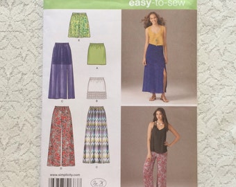 Skirt Pattern / Misses Skirt Pattern / Pull On Skirt Pattern / Easy Skirt Pattern / Shorts Pattern / Pants Pattern / Simplicity 1663 / UNCUT