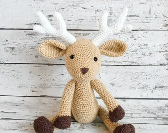 Daryl the Deer, Crochet Deer Stuffed Animal, Deer Amigurumi, Plush Animal, Made to Order