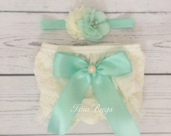 Baby girl bloomer set-ivory and mint baby outfit-lace bloomers-cake smash outfit-photo prop-baby shower gift-diaper cover set-baby bloomers