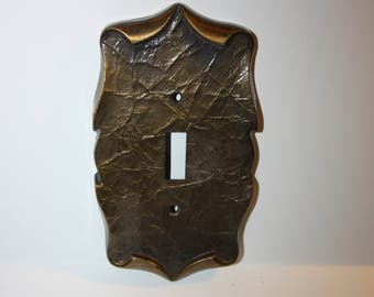Vintage Mid Century Style Solid Metal Gold Toned Switch Plate, Light Switch Cover, Metal Complete With Hardware, Gold Tone,  Home Decor