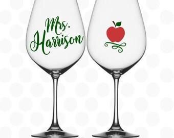 Teacher gifts - Teacher wine glass - cute teacher gift - Teacher wine glasses - Christmas gift for teacher -