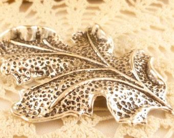 Life-like 3D Oak Leaf Leaves, Large Leaf Pendant, Antiqued Silver