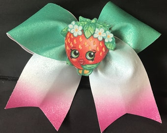 shopkins cheer bow strawberry stand out middle