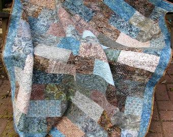 Quilt - Lap Quilt, Sofa Quilt, Quilted Throw - Sandpiper Dreams Batik Lap Quilt