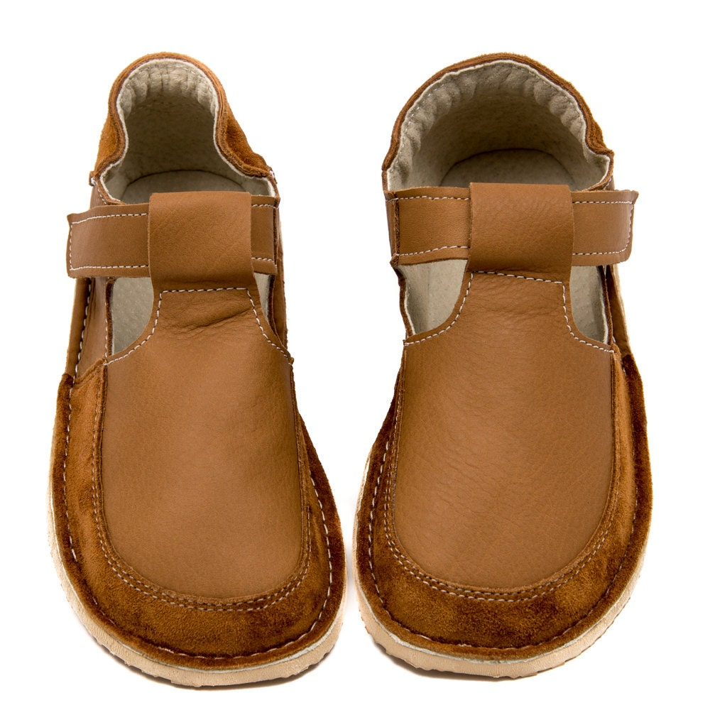 camel shoes leather lining vibram sole velcro fastening