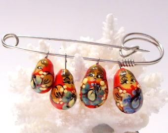 Matryoshka Russian Nesting Doll Pin Brooch Red Lacquer