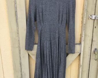 JT Dress // Heather Gray // Long sleeved // Pockets