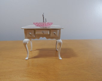 1:12 Scale Shabby Chic Miniature Dollhouse Vanity