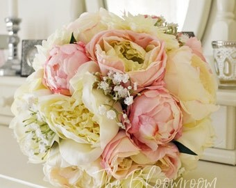 Pink peony bouquet / Rose bouquet / Light pink / Cream / Baby's breath / Silk wedding flowers / Bridal bouquet / Silk wedding bouquet