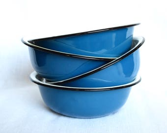 Vintage enamelware bowls… 4 small blue enamelware bowls...enameled cereal bowls...small blue bowls...Butterfly Grand.