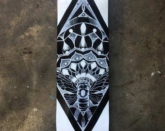 Diamond Dotwork Skate Deck (cicada)
