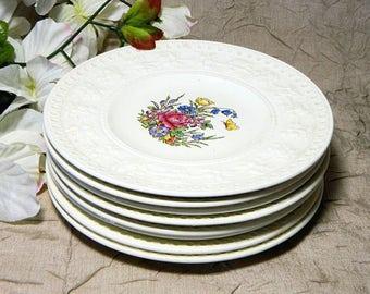 Eight Wedgwood Wellesley Tintern Pattern Dessert Salad Plates
