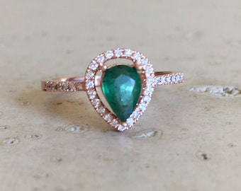 Rose Gold Emerald Engagement Ring- Halo Pear Shape Emerald Ring- Genuine Emerald Promise Ring- Alternative Engagement Ring with Diamond