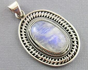 Rainbow Moonstone Pendant, 925 sterling silver pendant, Silver Pendant, Pendant for Necklace, Rainobow Moonstone, Artisan Pendant, (SP-7015)