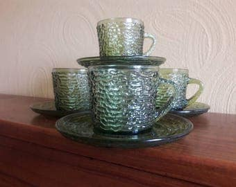 Set of 4 Soreno Avocado Green Glass Cup and Saucers by Anchor Hocking - Pressed Bark Design - All 8 pieces are in excellent condition