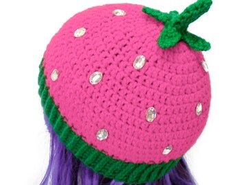 Pink Strawberry Hat Kawaii Fruit Beanie Sparkly Hat Cute Girls Beanie Pretty Womens Hat Pastel Knit Beanie Baby Pink Green Crochet Food Hat