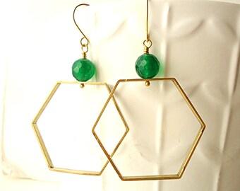 Hexagone earrings, kelly green earrings, emerald green earrings, Artisan earrings, geometric earrings, jade earrings, OOAK earrings