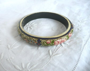 Hand painted bangle - painted wood bangle - Asian paper mache bangle with hand painted decoration - lacquered bangles