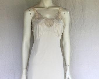 Vintage Sweet Beige Slip With Lace, Baronet Size 35