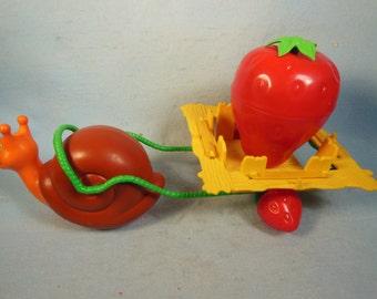 Vintage Strawberry Shortcake-Snail Cart-1981-No Box