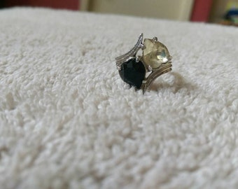 Vintage Ring Sarah Coventry adjustable two tone heart ring