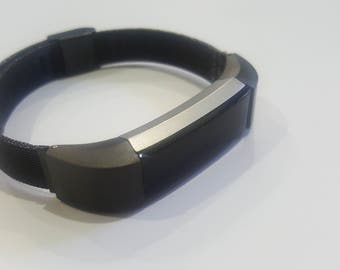 New Mesh stainless watch band bracelet for fit bit Alta tracker.  Adjustable.