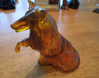 Vintage Avon Aftershave Bottle.  Collie, Empty Wild Country Aftershave.  Nice Collectibles