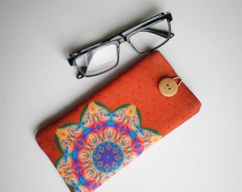 Glasses case, sunglasses case, eyeglasses case, Mandala, Case for sunglasses, Quilted eyeglass case, Mandala glasses case