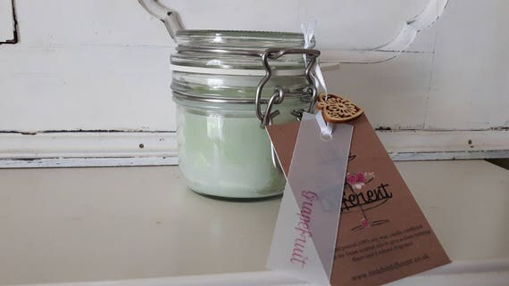 Grapefruit candle. Kilner style jar. Beautiful soy wax candle scented with grapefruit.  Vegan candles.  Eco soy.  Made in Wales UK