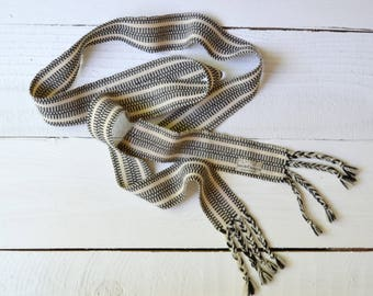 Range Life Belt / 1950s wool wrap belt / vintage Irish woven belt