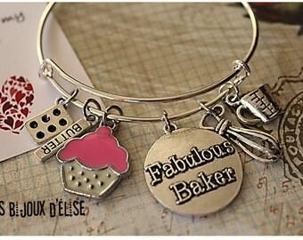 Baker Wire Bangle Bracelet  Cupcake Charms Bangle Expandable Bracelet Epicurean Bangle