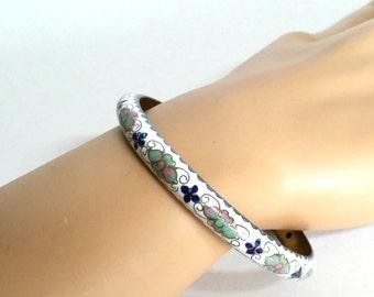 Vintage Cloisonne Bangle Bracelet, White Bracelet, Flowered Bangles, Chinese Enameled Bracelet,  Gift for Her, Bohemian Wedding Bracelet