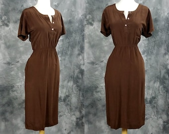 Brown silk dress, short sleeve, elastic waist, pull over shift dress w pockets, Horchow collection, small