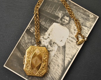 1920s Photo Locket Necklace with Hair