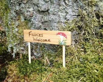 Fairies Welcome signpost for fairy garden