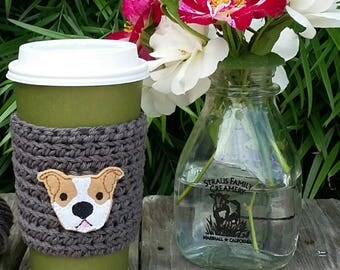 Crochet coffee cup cozy, with a pit bull pup feltie, made with 100% cotton. Crochet coffee sleeve, crochet coffee cozie